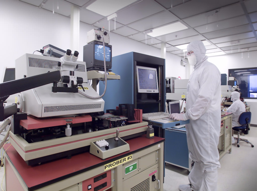 The challenges of a usp 797 pharmaceutical cleanroom for 797 room design
